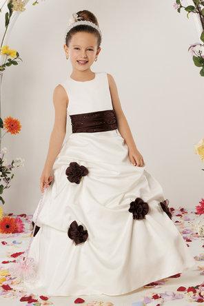 موديلات العيد  للبنات الصغار تركية – فساتين زفاف صغار بنات 2014