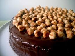 cake-alchukokola – طريقة عمل كيك الشيكولاتة بالبندق بالصور – حلويات العيد عالم حواء