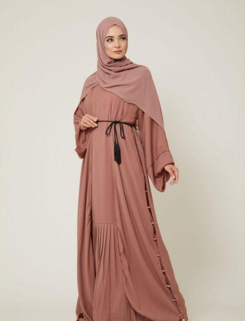040f5a344d21e ازياء ملابس محجبات للمراة العصرية 2019